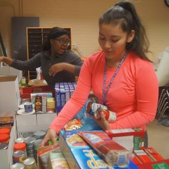 Ritenour Schools Begin Annual Holiday Food Drive Nov. 6